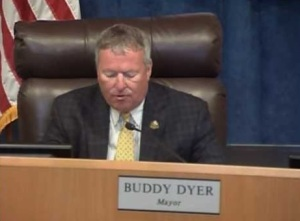 buddy dyer mayor looking down